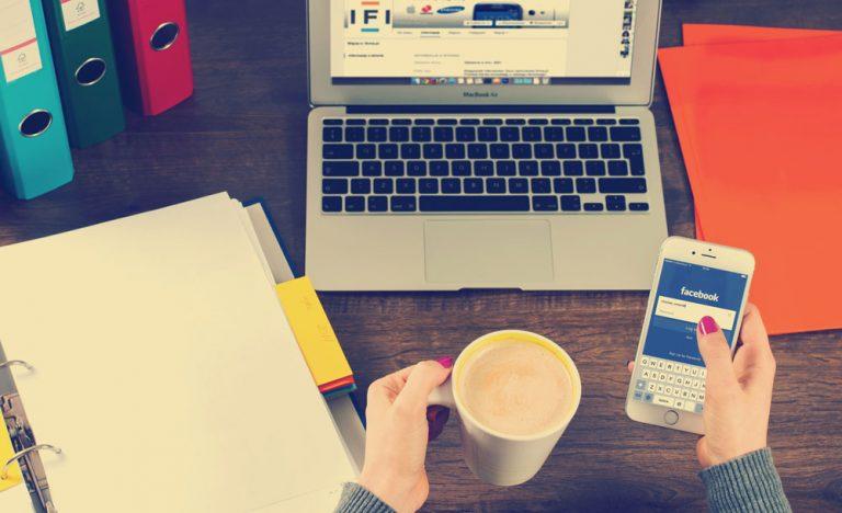 managing social media logging into facebook mobile for real time engagement