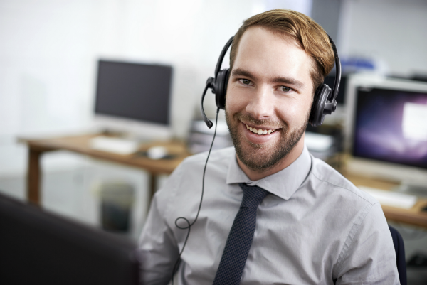smiling agent in a call center
