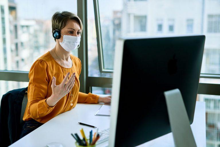 call center agent desktop covid mask